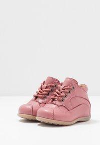 Bisgaard - CLASSIC PREWALKER - Baby shoes - rosa - 3