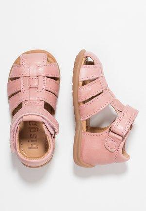 Zapatos de bebé - rose