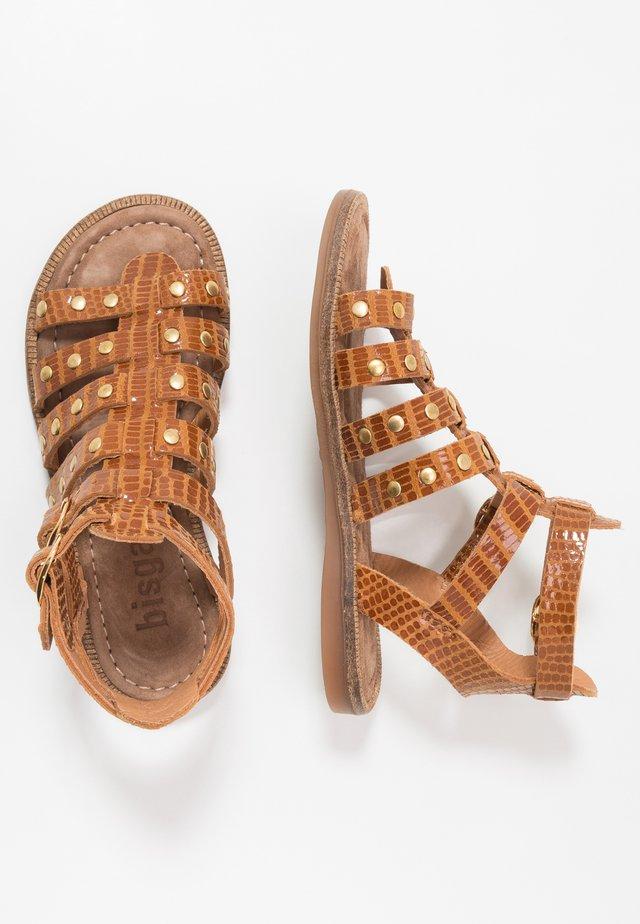 ALEAH - Sandaalit nilkkaremmillä - caramel