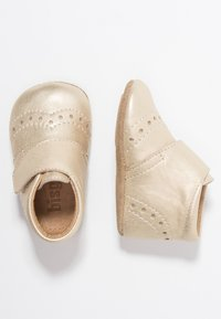 Bisgaard - PETIT HOME SHOE - Slippers - gold - 0