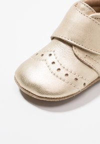 Bisgaard - PETIT HOME SHOE - Slippers - gold - 2