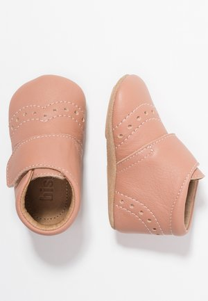 PETIT HOME SHOE - Slippers - nude