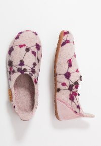 Bisgaard - HOME SHOE - Domácí obuv - rose - 0