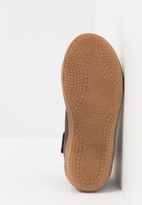 Bisgaard - TRAINERS - High-top trainers - coffee - 5