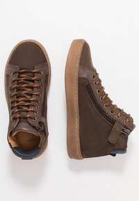 Bisgaard - TRAINERS - High-top trainers - coffee - 0