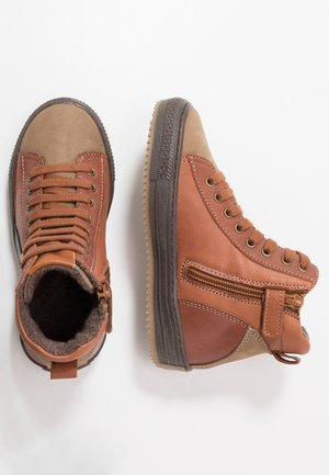 TRAINERS - High-top trainers - cognac