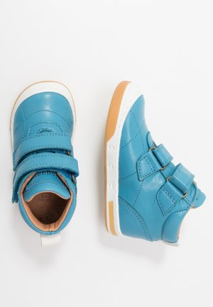JUNO SHOE - High-top trainers - jeans