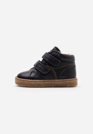 SINUS - Chaussures premiers pas - navy