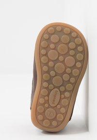 Bisgaard - CLASSIC PREWALKER - Baby shoes - brown - 5