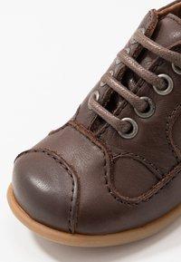 Bisgaard - CLASSIC PREWALKER - Baby shoes - brown - 2