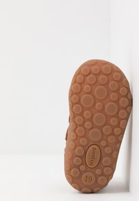 Bisgaard - GERLE - Zapatos de bebé - cognac - 5