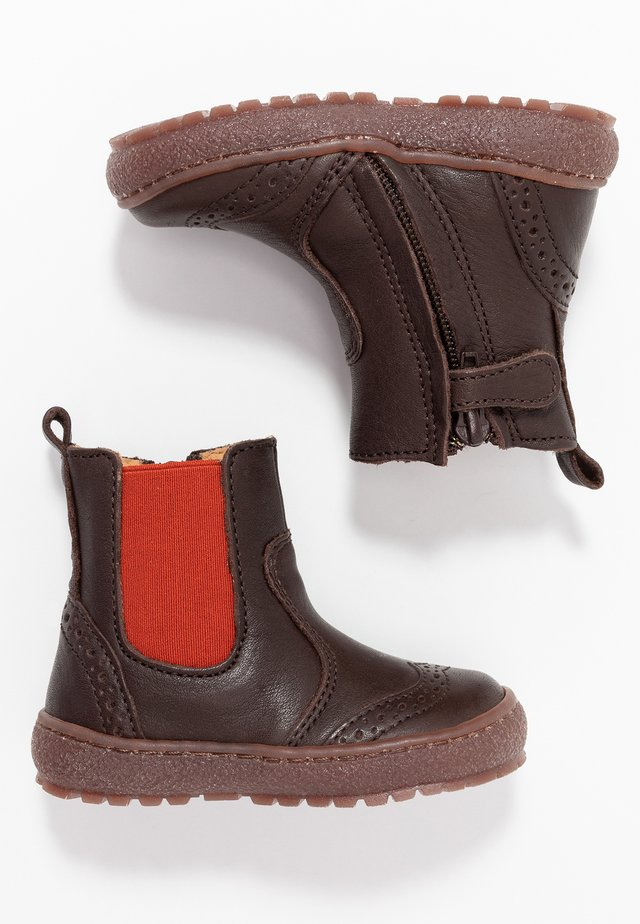 BOOTIES - Classic ankle boots - brown