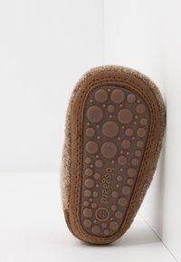 Bisgaard - BABY HOME SHOE - Pantoffels - camel - 5