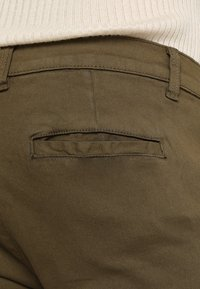 Bellfield - STRETCH CHINOS - Chinot - dark khaki - 3