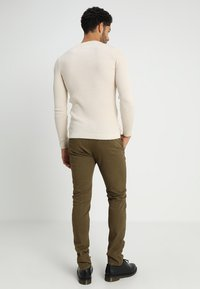 Bellfield - STRETCH CHINOS - Chinot - dark khaki
