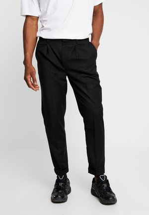 MENS CROPPED TROUSER - Kangashousut - black