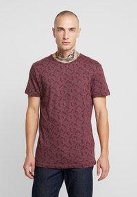 Bellfield - DITSY - T-shirt imprimé - oxblood - 0