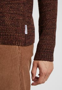 Bellfield - TWISTED CREW NECK - Pullover - ginger - 5