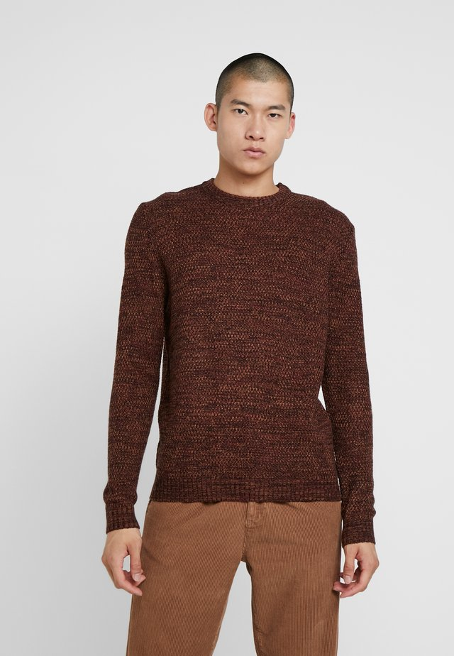 TWISTED CREW NECK - Jumper - ginger