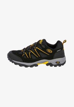 Walking shoes - black