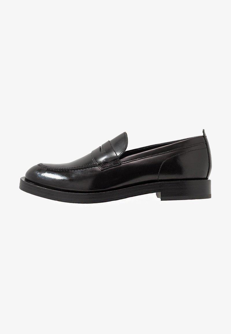 Base London - FULTON - Elegantní nazouvací boty - hi shine black