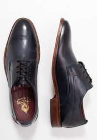 Base London - SCRIPT - Smart lace-ups - washed navy - 1