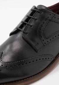 Base London - MOTIF - Smart lace-ups - waxy black - 5