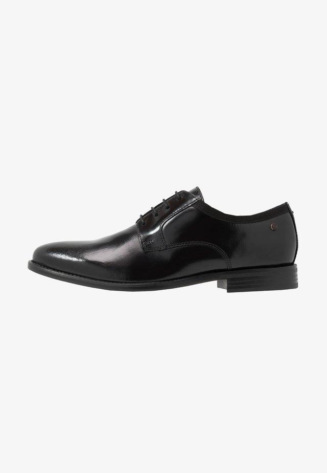 NERO - Eleganckie buty - hi shine black