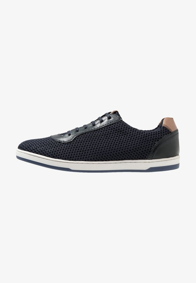 HUSTLE - Trainers - navy