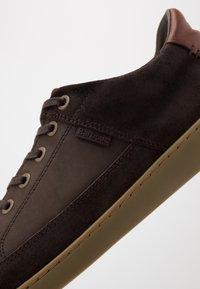 Barbour - BILBY - Sneakersy niskie - brown - 5