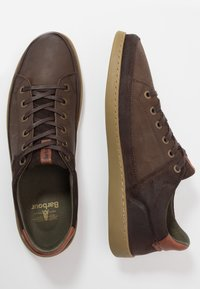 Barbour - BILBY - Sneakersy niskie - brown - 1
