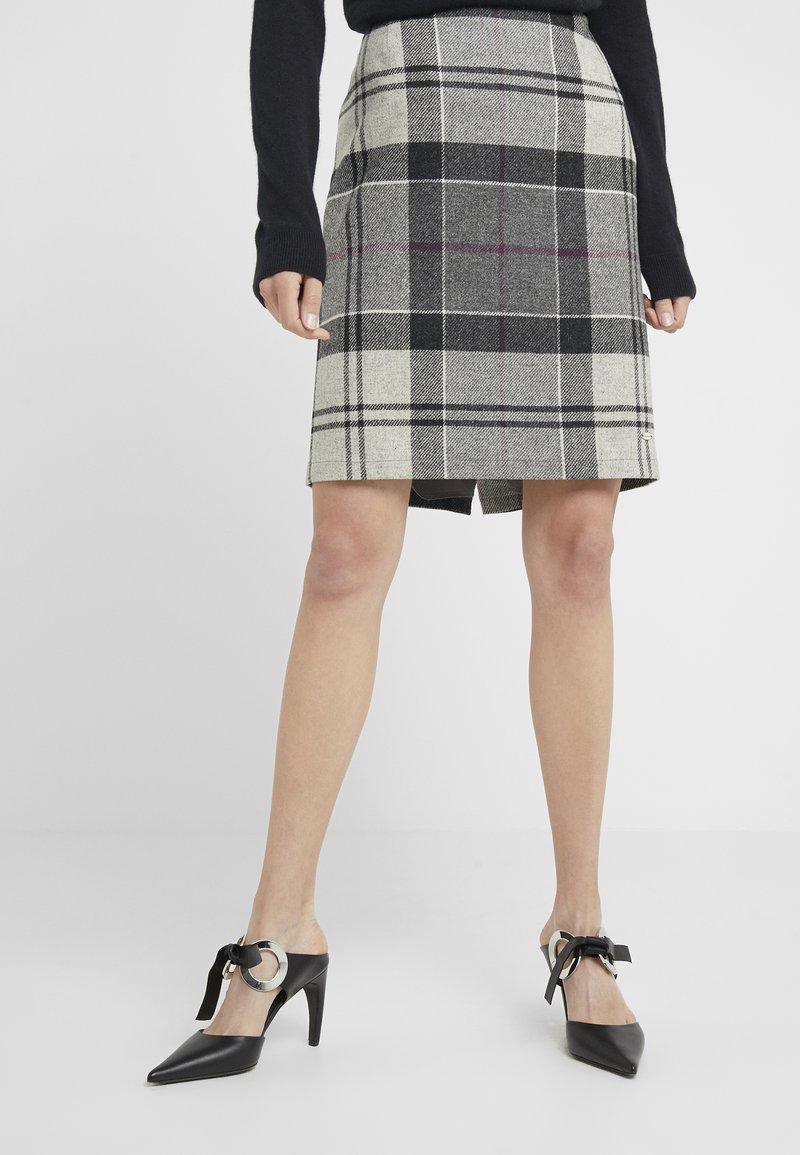 Barbour - NEBIT PENCIL SKIRT - Pencil skirt - juniper winter