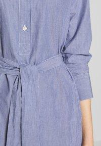 Barbour - LUCIE DRESS - Abito a camicia - navy/white - 6
