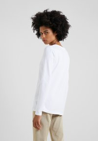 Barbour - BARBOUR BAY TEE - Long sleeved top - white - 2