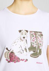 Barbour - MAYA TEE - Print T-shirt - white - 4