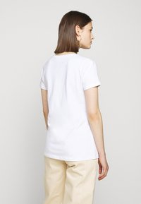 Barbour - BEACH DOG TEE - Print T-shirt - white - 2