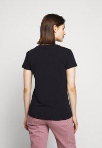 Barbour - OYSTERCATCHER TEE - Print T-shirt - navy - 2