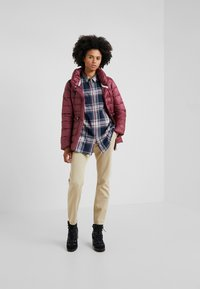 Barbour - Blouse - navy/rouge - 1