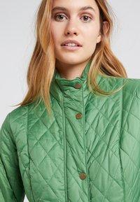 Barbour - FLYWEIGHT CAVALRY QUILT - Light jacket - clover - 5