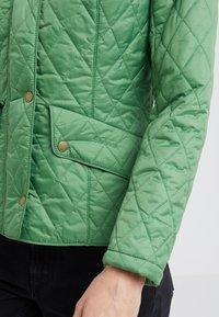 Barbour - FLYWEIGHT CAVALRY QUILT - Light jacket - clover - 3