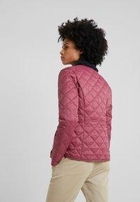 Barbour - DEVERON QUILT - Light jacket - rouge/navy - 2