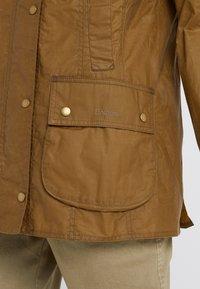 Barbour - LIGHTWEIGHT BEADNELL - Short coat - camel - 5