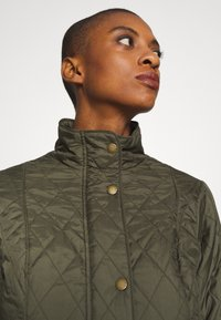 Barbour - FLYWEIGHT CAVALRY QUILT - Light jacket - olive - 3