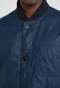 Barbour - KIRKSTILE  - Leichte Jacke - dark blue - 5