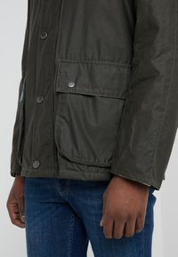 Barbour - ROTHAY WAX ARCHIVE - Korte jassen - archive olive - 6