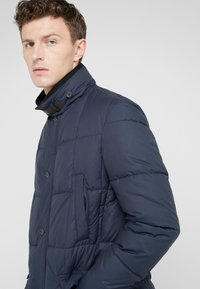 Barbour - YAXLEY QUILT - Winter jacket - navy - 4