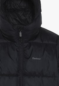 Barbour - BOYS ROSS QUILT - Winter jacket - black - 4
