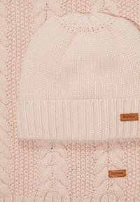 Barbour - CABLE HAT SCARF SET - Scarf - pink - 5