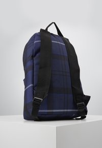 Barbour - TARTAN BACKPACK - Rucksack - ink - 3