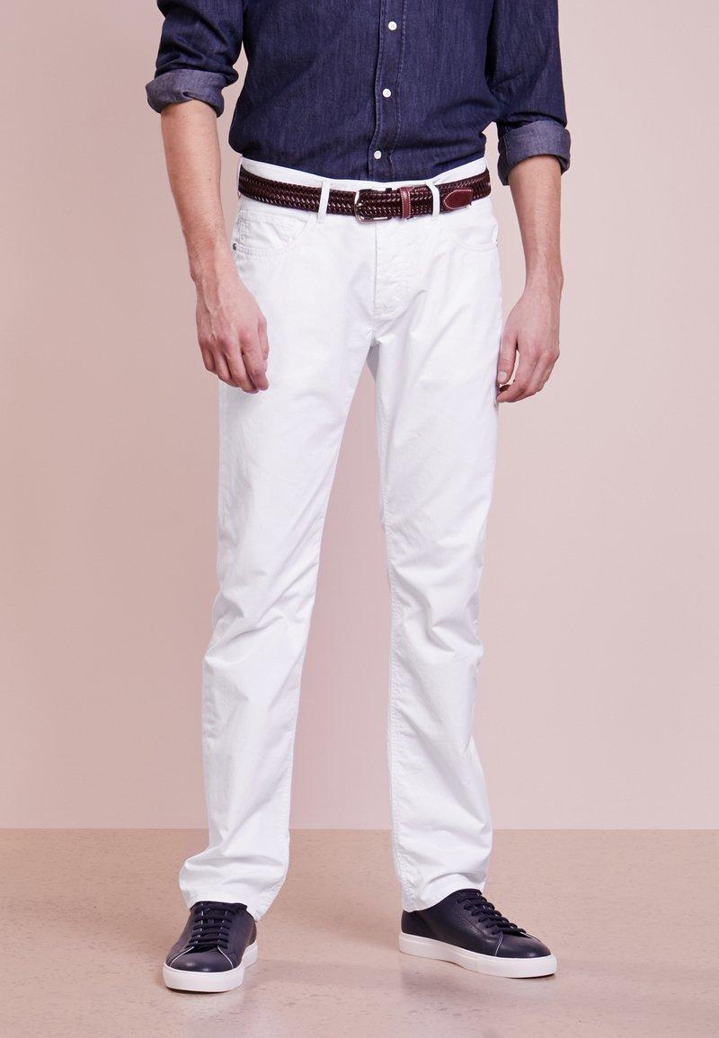Baldessarini - JACK - Jeans Straight Leg - white